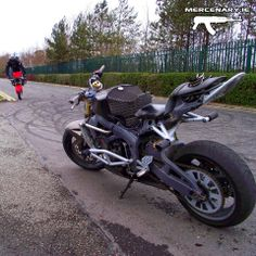 Jesterchino Showing Off Those Fresh Zeusarmor Parts On His R6s His Stunt Piece Features Za