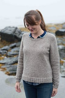 This simple pullover with ribbed trims and a split at the hem is great for everyday wear. The uncomplicated stitch patterns also make this knit an easy piece to take with you on your holiday travels.