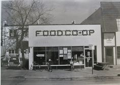 Old photo of @FCFoodCoop! http://www.ftcfoodcoop.com/
