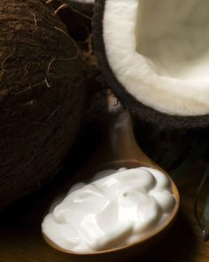 5 Simple Beauty Products You Can Make From Coconut Oil