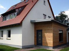 Sas Entree, Front Porch Design, Cottage Interiors, House Entrance, House Extensions, Facade House, Back Doors, Pergola Plans, House Front