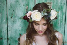 marsala, pink and green flower crown http://weddingwonderland.it/2016/01/inspiration-poesia-bohemien.html