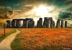 Stonehedge, England photo via djferreiar