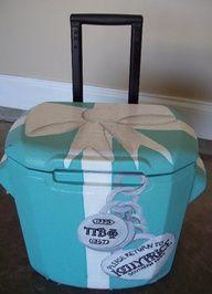Little blue box cooler! @Kaleigh Grace,  Go To www.likegossip.com to get more Gossip News!