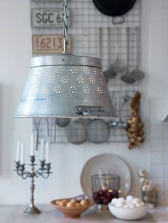 Sanna  Sania Love this look. A strainer, colander or even a sieve would be great!