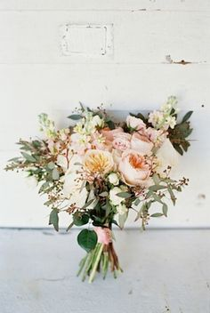 Eucalyptus and peony bouquet | Jessica Sparks Photography | see more on: http://burnettsboards.com/2015/07/southern-fairytale-engagement-session/