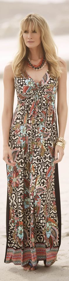 Moroccan tile print with flowers and arabesques - read fashion tips - http://www.boomerinas.com/2015/05/14/moroccan-tile-print-maxi-dresses-tunics-for-women-over-40-50-60/