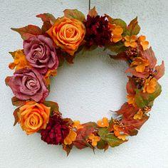 Podzim hýří barvami_velký věnec 40 cm Floral Wreath, Wreaths, Home Decor, Decoration Home, Door Wreaths, Room Decor, Deco Mesh Wreaths, Interior Design, Home Interiors