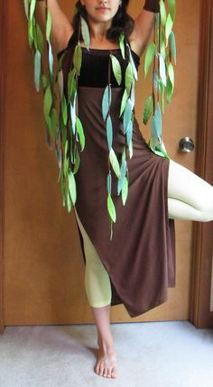 Weeping willow tree costume, adult size xs to small, one of a kind, lightly… Diy Costumes, Adult Costumes, Halloween Costumes, Weeping Willow, Willow Tree, Lion King Musical, Tree Costume, Halloween Dance, Winter Festival