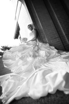 photo inspiration Dramatic bridal pose at Tulsa Garden Center by Storybook Wedding Photography. Bridal Portrait Poses, Bridal Poses, Bridal Shoot, Wedding Poses, Wedding Dresses, Picture Ideas, Photo Ideas, Photography Ideas, Wedding Photography