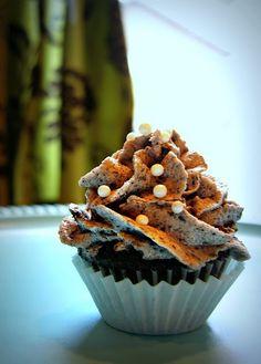 Brownie Cupcakes with Cookies n' Cream Frosting