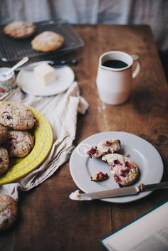 Breakfasts :: Snacks - Scones Frutos Vermelhos