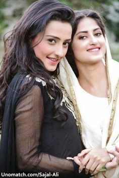sajal ali with momal shikh on the set of''kudrat''