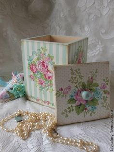 very cute -decoupage Decoupage Vintage, Decoupage Paper, Decoupage Jars, Craft Projects, Projects To Try, Shabby Chic Crafts, Pretty Box, Altered Boxes, Painted Boxes