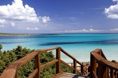 Envie de vacances sur la paradisiaque île de Sardaigne ? Apprenez à connaître et aimer la diversité de l'île grâce à tous mes conseils !