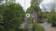 Das altes Stellwerkhäuschen an der Holtbrügge in Bochum-Weitmar, direkt am Springorum-Radweg, wird von Andre Feller zum Wohnhaus umgebaut.