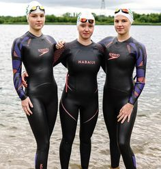 Triathlon Wetsuit, Swimming Glasses, Womens Wetsuit, Diving Equipment, Swim Caps, Second Skin, Sexy Women, Suits, Swimwear