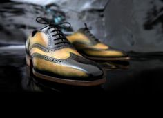 Brogues Olive Variation Patina by Lacour