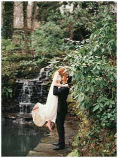 Photo Inspiration: Bride and groom at the rock waterfall at Dunaway Gardens. Image by Simply Sarah Photography.