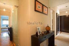 Imagem Corredor de apartamento t2 em Penha de França Home Decor, Hall Runner, Home, Decoration Home, Room Decor, Interior Decorating
