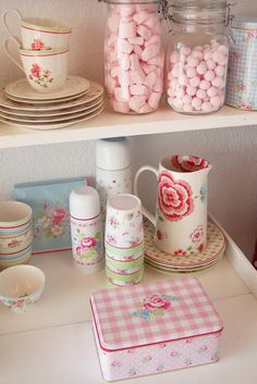 .Love the floral patterns with the pinks...Perfect for my retro-vintage kitchen