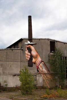 That's how you use a chimney stack! Tons more amazing content on www.globalstreetart.com.