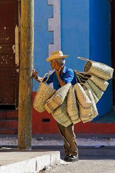 vendeur de paniers | Flickr - Photo Sharing!