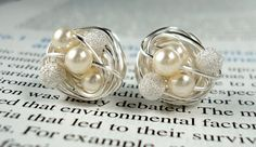 Cream/Star Dust  Mix It Up Series Swarovski Glass par vdazzled