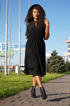 Total Look By Mat. fashion Real Size Plus Size Fashion #matfashion #matfashionistas #matstyle #therealyou #realsize #realwomen #loveyourcurves #bodypositive #bodypositiveinfluencer #bodypositivity #collection #fashion #stylebeyondsize #curvyfashion #russianblogger #russianfashionistas #weloverussia Mat Fashion, Curvy Fashion, Plus Size Fashion, Real Women, Russia, Curves, Wrap Dress, Collection, Dresses