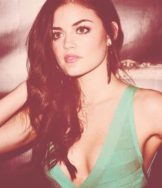 Lucy Hale as Aria Montgomery, Pretty Little Liars Pretty Little Liars, Pretty Girls, Lucy Hale Makeup, Lucy Hale Pictures, Pretty People, Beautiful People, Beautiful Eyes, Bionic Woman, Planet Hollywood