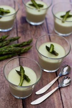 Panna cotta aux asperges vertes - Amandine Cooking Panna Cotta, Cooking Recipes, Healthy Recipes, Finger Foods, Entrees, Side Dishes, Appetizers, Yummy Food, Nutrition