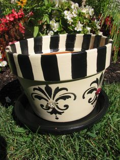 Etsy の Bedazzled Planter by bubee