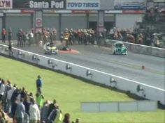 A short clip of all of the thrills and spills from the 2010 European Drag Racing Championship at Santa Pod Raceway. Video includes Top Fuel, Top Methanol Dragsters and Funny Cars, Pro Mods, Pro Stock Cars, Supertwin Bikes, Top Fuel Bikes, Pro Stock Bikes and more.