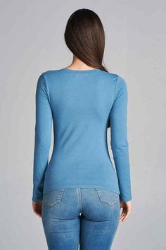8946ca406f Emmalise Women s Casual Basic V-Neck Tshirt Long Sleeves Tee Top - S to 3XL