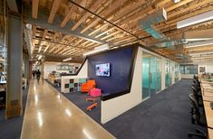 A Peek Inside iStrategyLabs' Super Cool Office - Officelovin