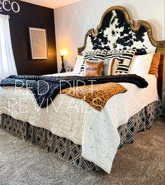 Western Bedroom Decor, Western Rooms, Western House Decor, Western Headboard, Cowgirl Bedroom, Custom Headboard, Rustic Bedrooms, Dream Rooms, Dream Bedroom