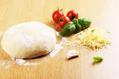 Crunchy Pizza Dough without Gluten - A Pinch of This, a Dash of That