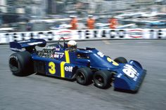 Jody Scheckter driving the Tyrrell-Ford 6 wheeler at Monaco in 1976 F1 Racing, Racing Team, Drag Racing, Grand Prix, Auto Motor Sport, Sport Cars, Motogp, Le Mans, Jody Scheckter