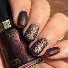 @revlon Untamed, stamped using @essiecanada Penny Talk and @moyou_london The Pro plate 06 and then topped with @butterlondon @butterlondoncanada Matte Finish Top Coat.