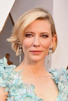 2016 Oscars Style — Best Hair & Makeup On The Academy Awards Red Carpet Hollywood Life, Hollywood Stars, Female Knight, Lady Knight, Oscar Fashion, Marvel Women, Oscar Winners, Cate Blanchett, Academy Awards