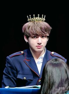 Image uploaded by Find images and videos about kpop, bts and jungkook on We Heart It - the app to get lost in what you love. Foto Jungkook, Foto Bts, Kookie Bts, Maknae Of Bts, Jungkook Oppa, Bts Photo, Bts Bangtan Boy, Bts Boys, Taehyung