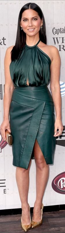 Olivia Munn: Dress – J. Mendel  Shoes – Brian Atwood  Purse – Monica Rich Kosann  Jewelry – EF Collection