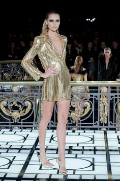 Ooooh very glam gold.   Versace :Couture SS 2013:Review | ELLE UK