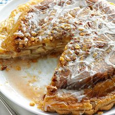 Upsidedown Apple Pie Recipe - This pie has won eight ribbons at area fairs. People say it looks and tastes like a giant apple-cinnamon bun. This recipe is everyone's favorite.