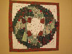 Use my wreath quilt for advent? Maybe an ornament each day?