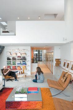 brick-weave-house-chicago-illinois-living-room-surrratt-tereasa-hernandez-david-portrait