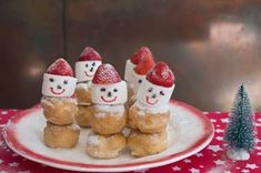 Traktatie idee: Sneeuwpoppetjes met kerstmuts