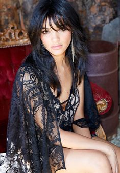 Nasty Gal Rodeo Lace Dress and Serefina Iris Feather Earrings Lookbook Photoshoot