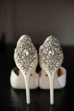 Image via We Heart It https://weheartit.com/entry/174460040 #beauty #shoes #weddings #zapatillas