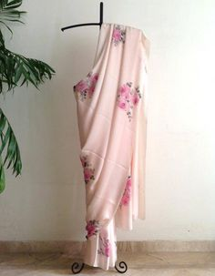 Hand Embroidery Dress, Embroidery Suits Design, Beautiful Blouses, Beautiful Saree, Saree Blouse, Sari, Organza Saree, Net Saree, Cotton Saree